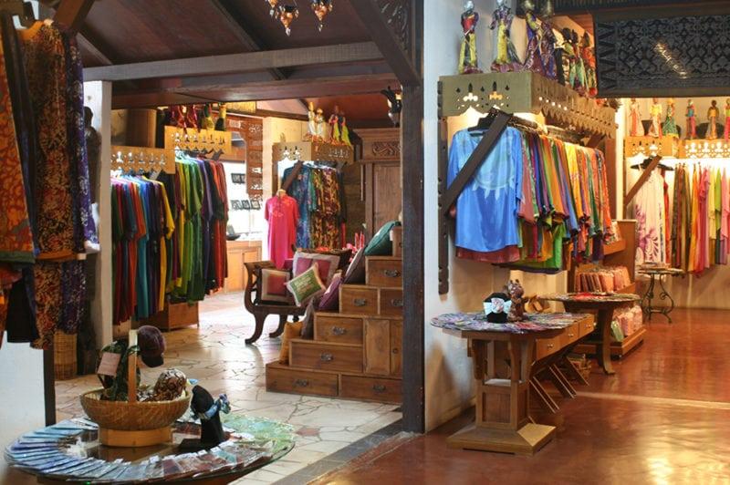Langkawi Shopping Atma Alam Batik Village