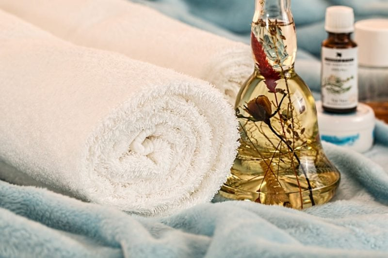 massage therapy essential oil