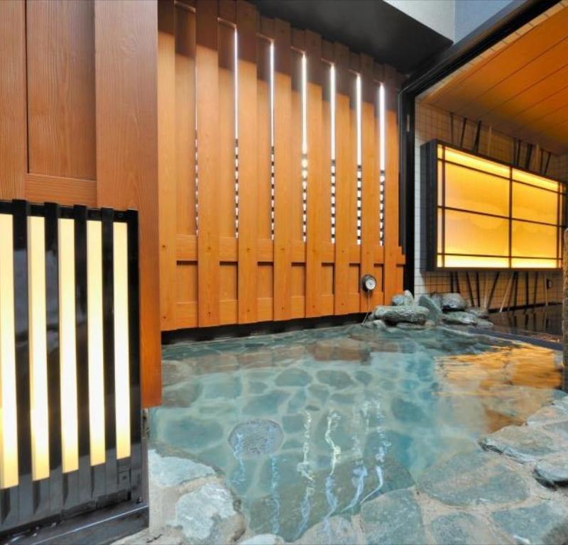 Dormy Inn Ueno Okachimachi Onsen pool