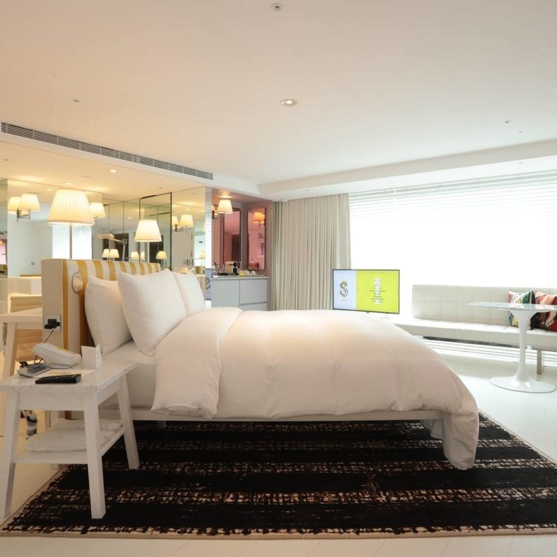 S Hotel room