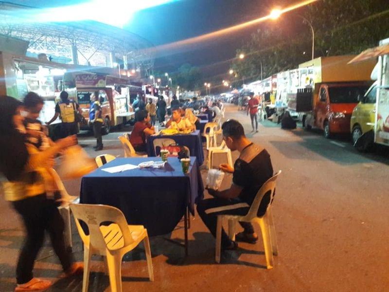 Tasik Permaisuri food truck park