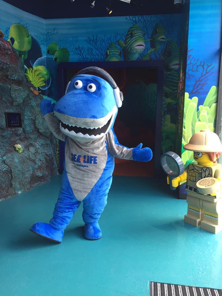 Blue mascot of shark at SEA LIFE