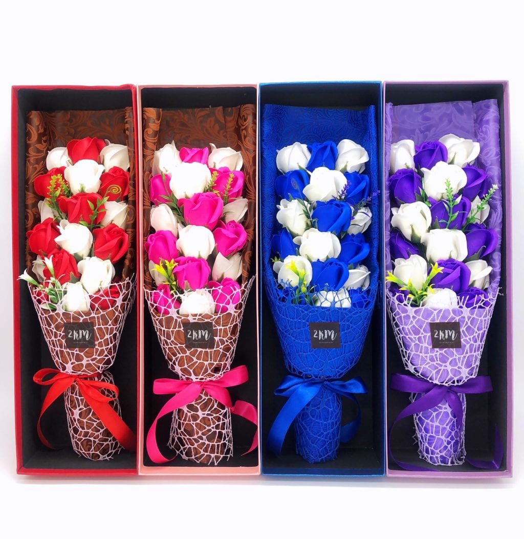 Flower bouquet in 4 boxes