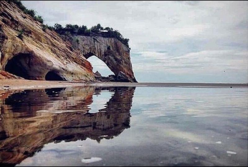 Tusan Cliff Beach