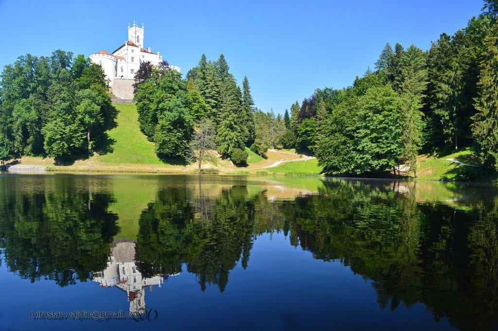 Kumrovec Trakoscan Castle with lake in front