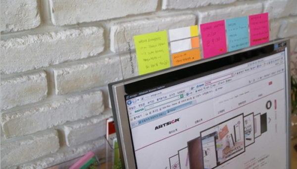 stick-on clear acrylic memo board to stick on monitor