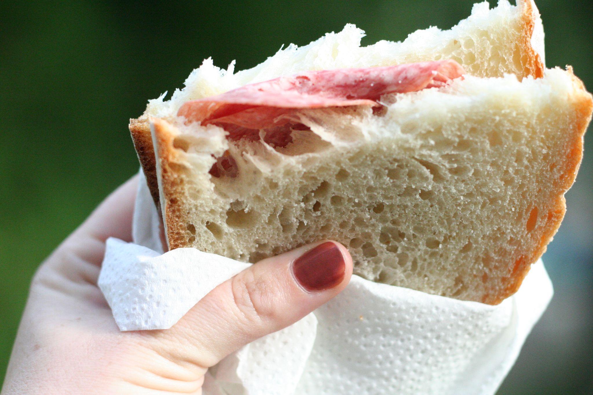 Salami_sandwich