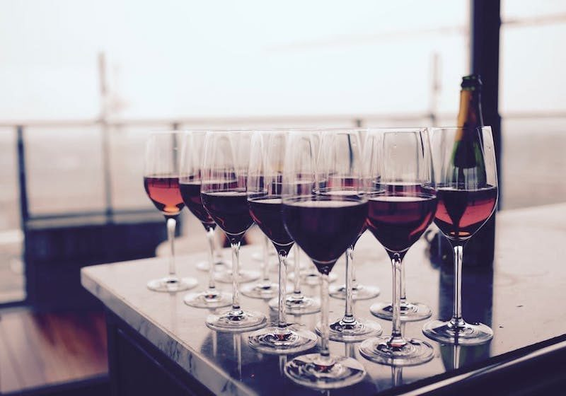 Go On A Wine Tasting Date