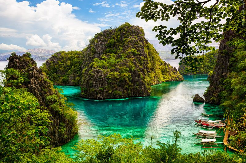 Kayangan Lake, one of the many islands. Coron, Palawan is one of the most beautiful places