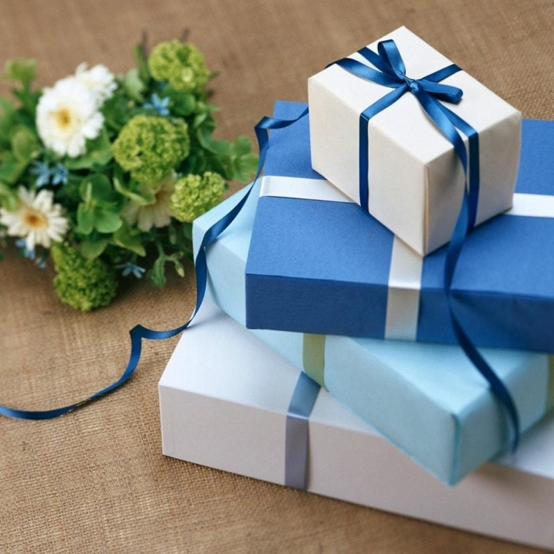 Thinking of buying your best friend a wedding gift? Buy something she might need for her new home.