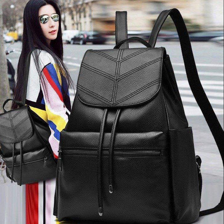 Casual black sling bag