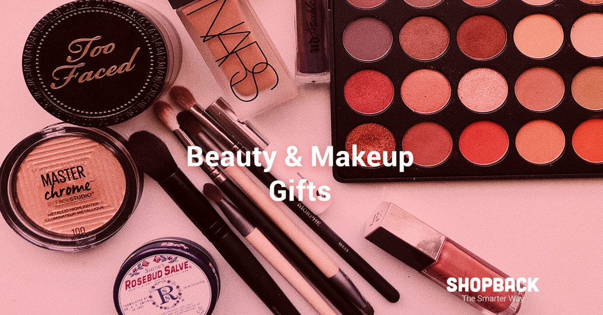 8 Beauty and Makeup Gifts That Your BFF Will Love This Christmas