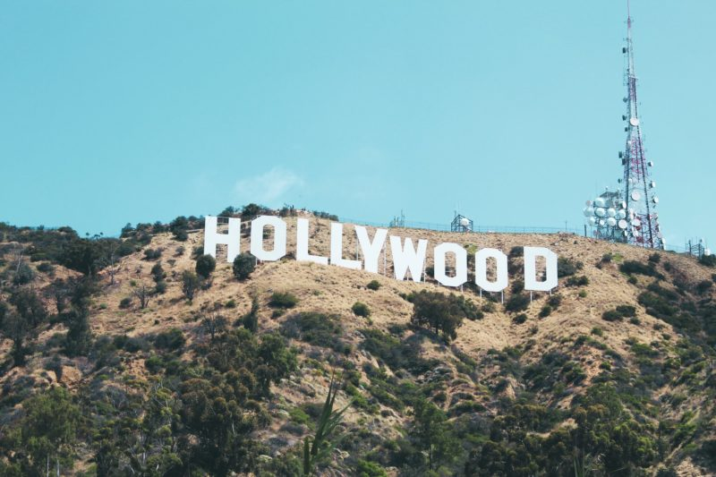 white hollywood sign