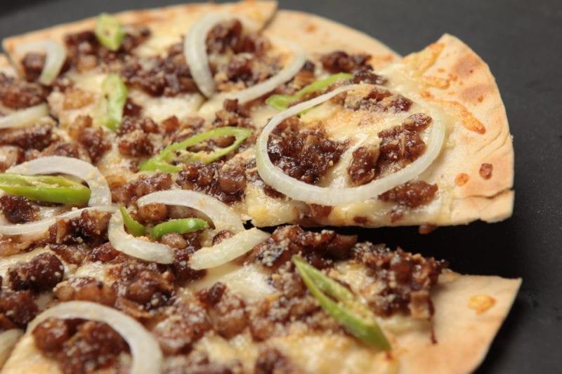 sisig pizza