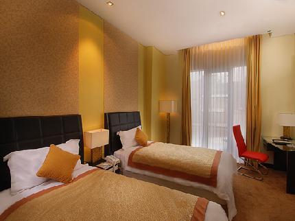 Golden Flower Hotel - 1