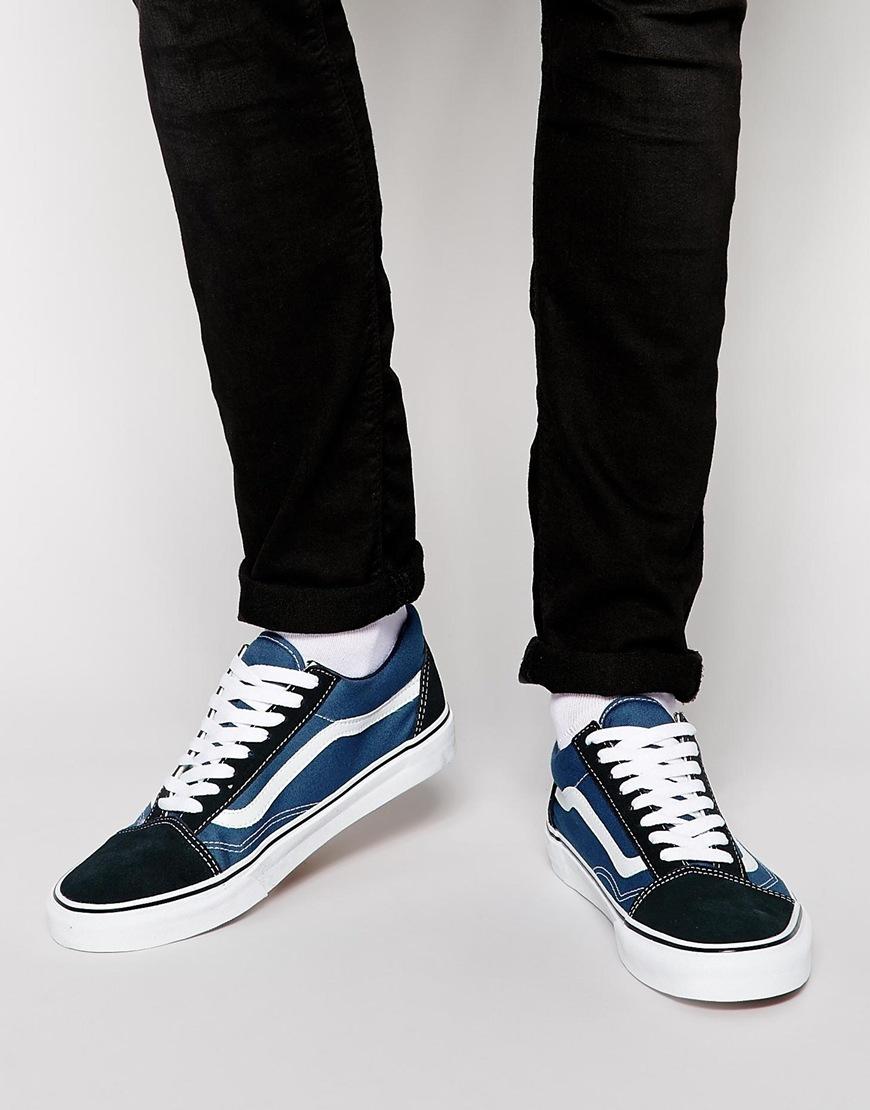 Vans Unisex Authentic Skate Shoe Wide Feet
