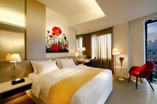 wangz-hotel-room