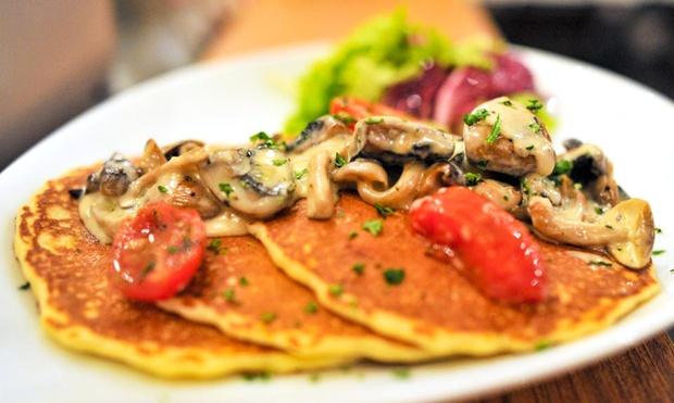 25-sarah pancake cafe