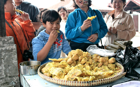 gorengan fried fritter Bali Indonesia Street Food