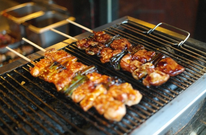 grilled chicken stick with green peppers