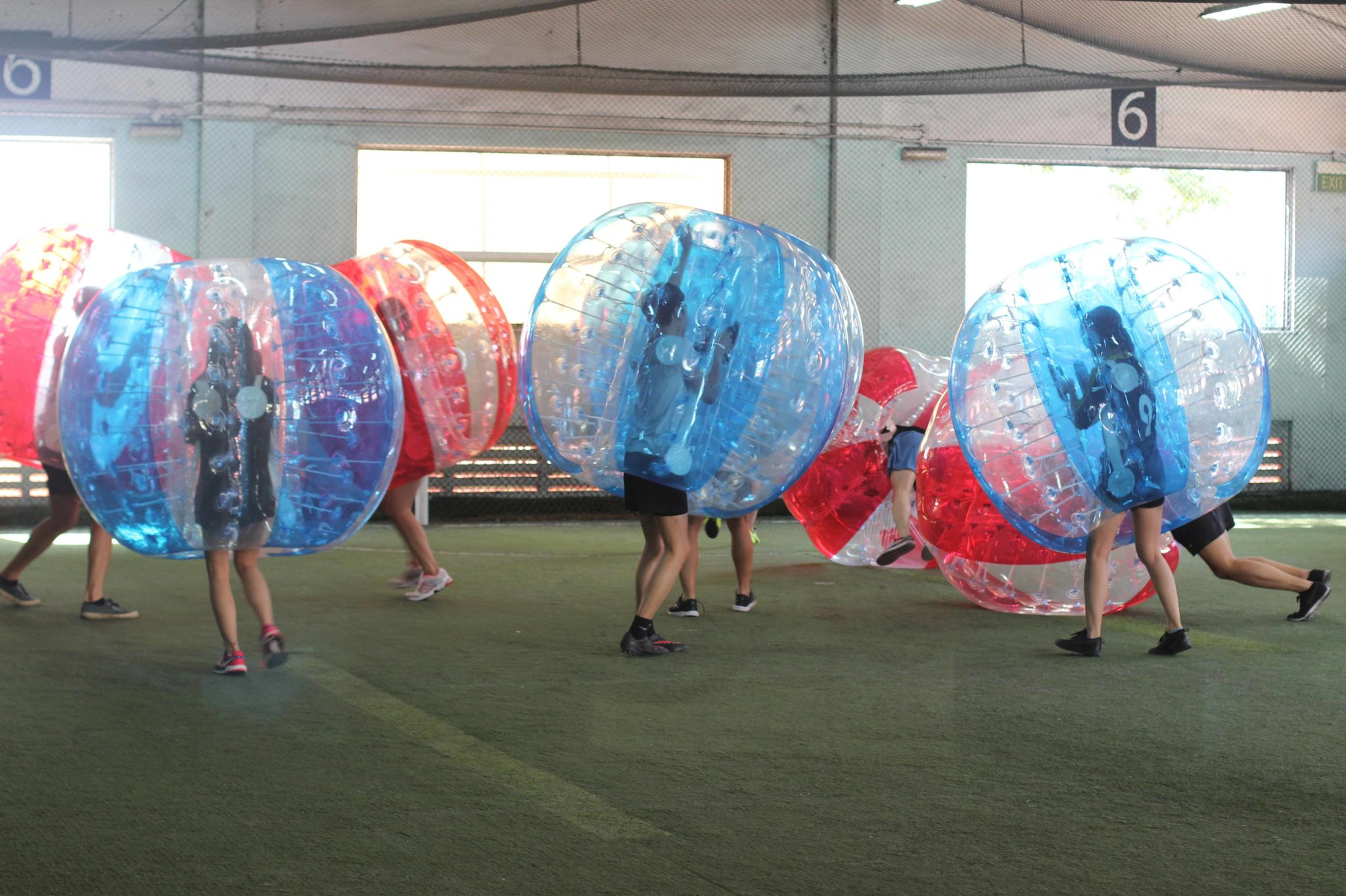 bubble soccer how to play