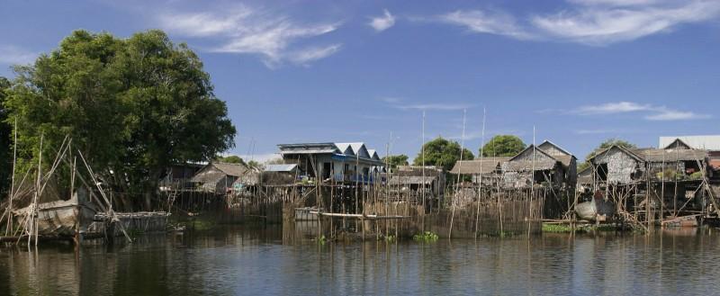 Kampong Phluk in Tonle Sap Lake