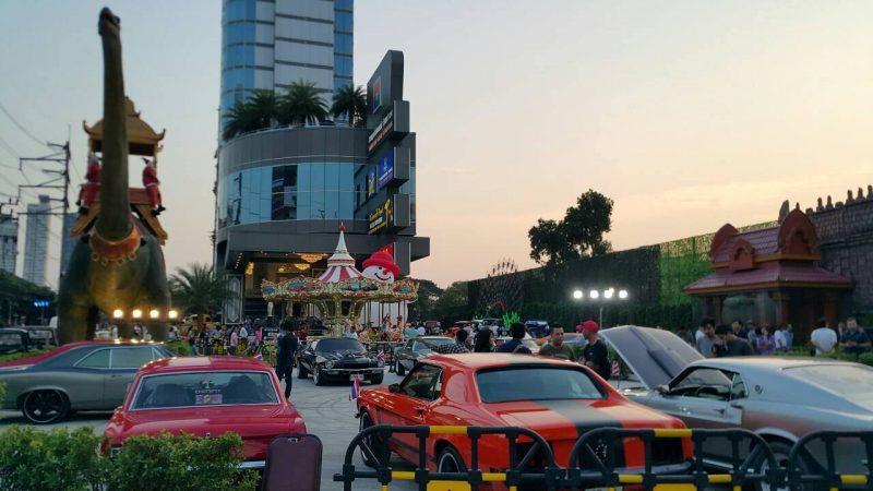 Suan Lum Night Bazaar Ratchadaphisek