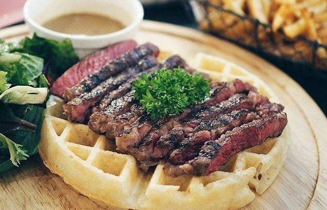 sirloin steak waffles