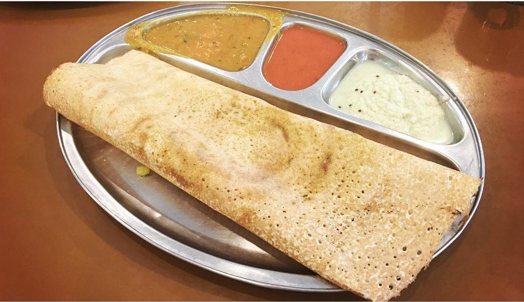 Indulge in other delicious Indian cuisine like thosai, murtabak and many more!