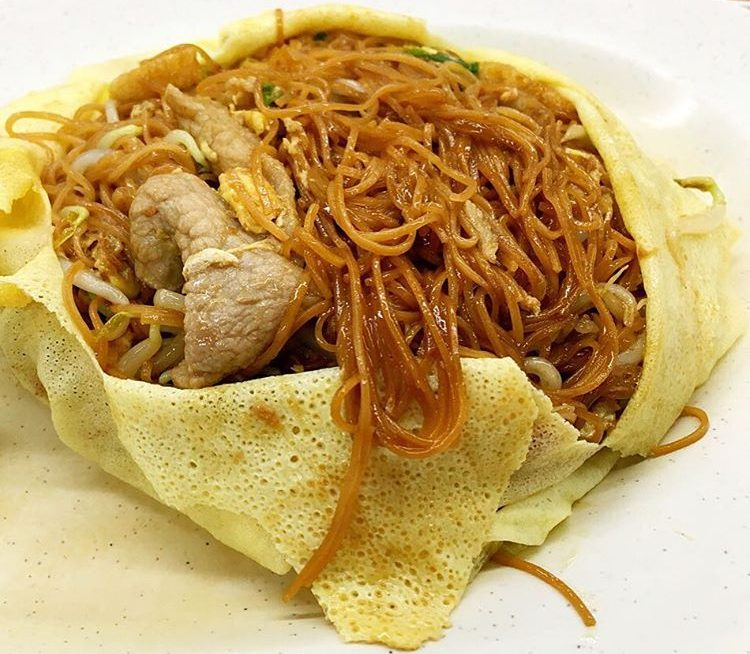 mee sua wrapped in egg crepe
