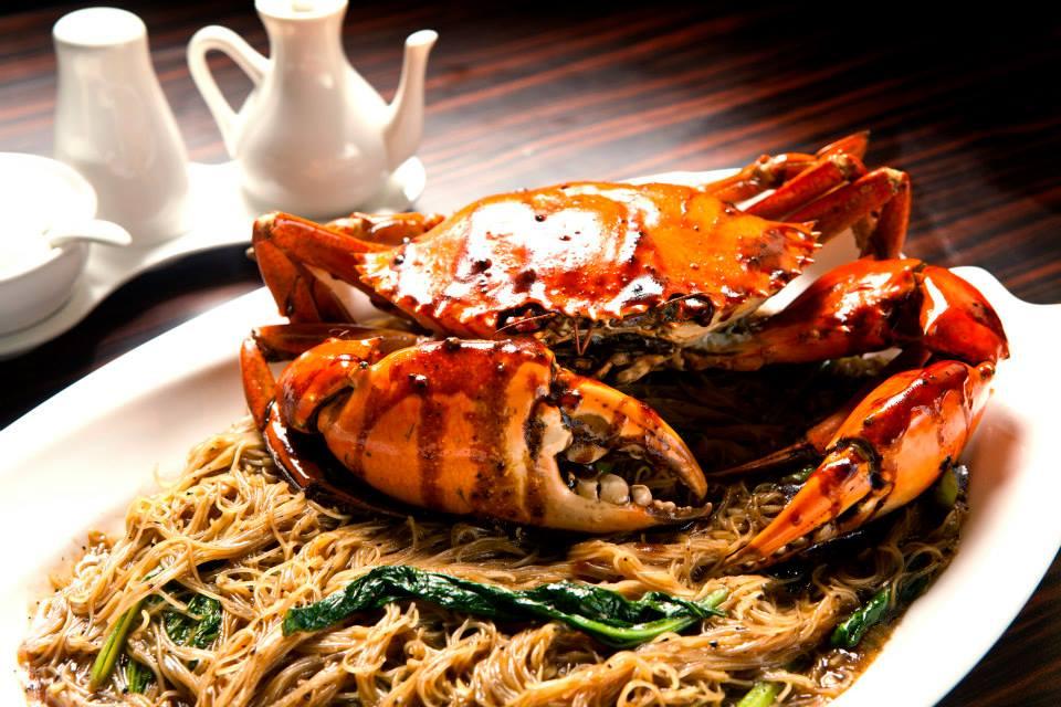 Claypot crab bee hoon