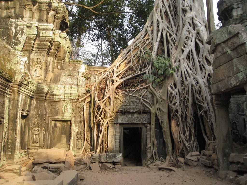 Lara Croft: Tomb Raider - Siem Reap, Cambodia Ta Prohm