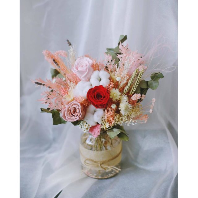 Winflower Florist Eternal Passion Jar for Mother's Day