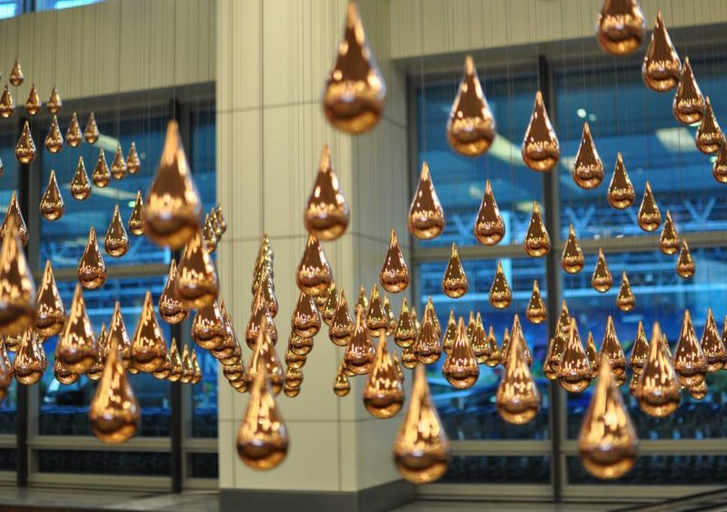 Installation Art Kinetic Rain at Changi Airport Terminal 1