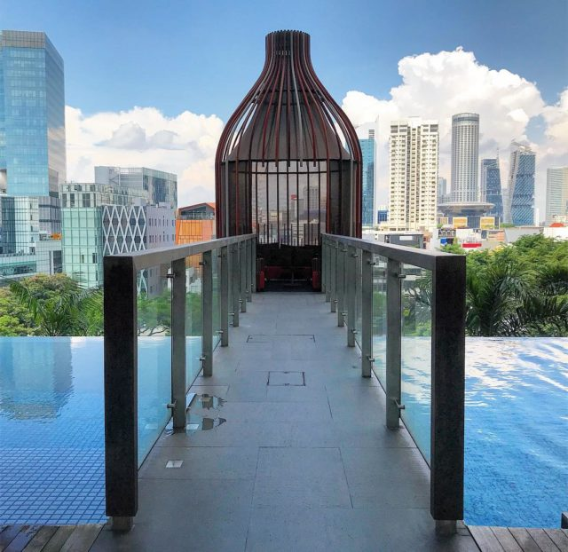 7 infinity pools in singapore to visit that aren 39 t marina - Park royal pickering swimming pool ...