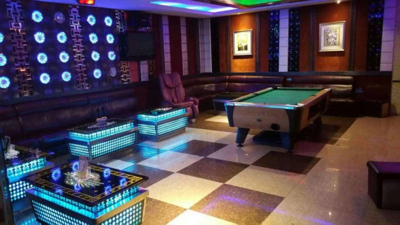 Party World KTV room with pool table