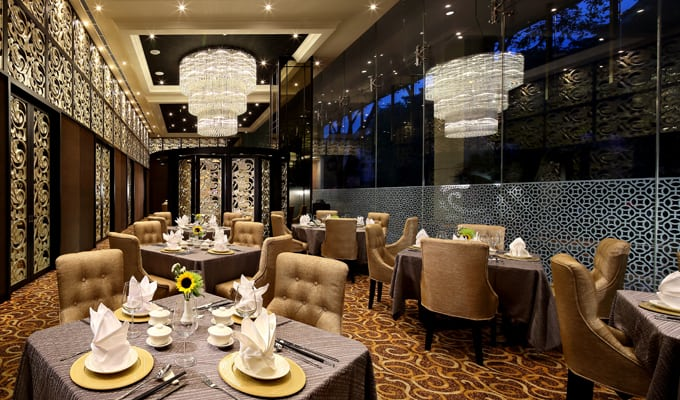 Luxurious dining room at the Royal Pavilion restaurant