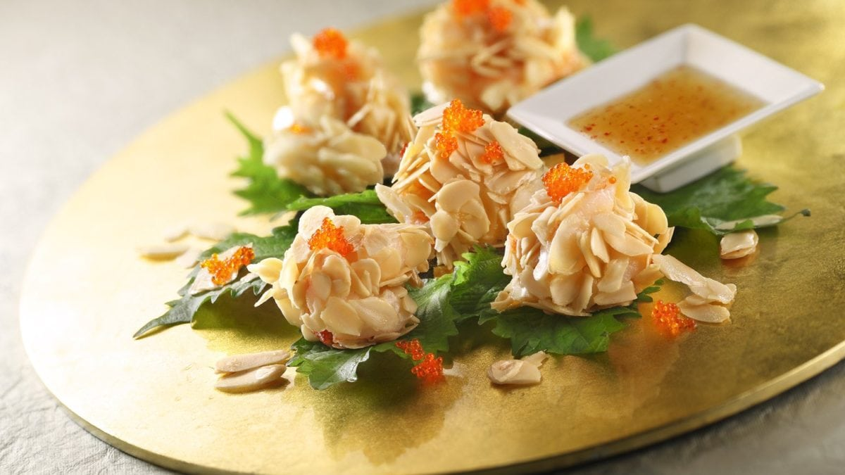 Best Restaurants for an Impressive CNY Feast in Singapore