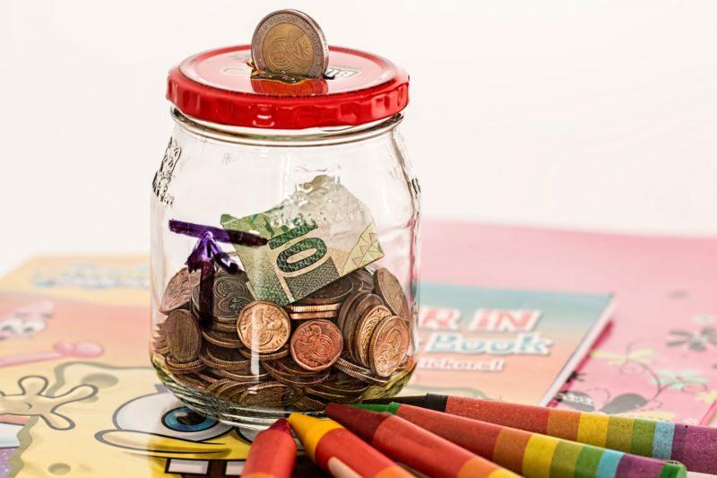 Glass savings jar