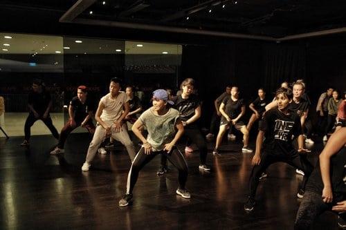 o school dance class