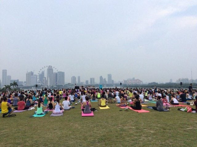 yoga at marina barrage