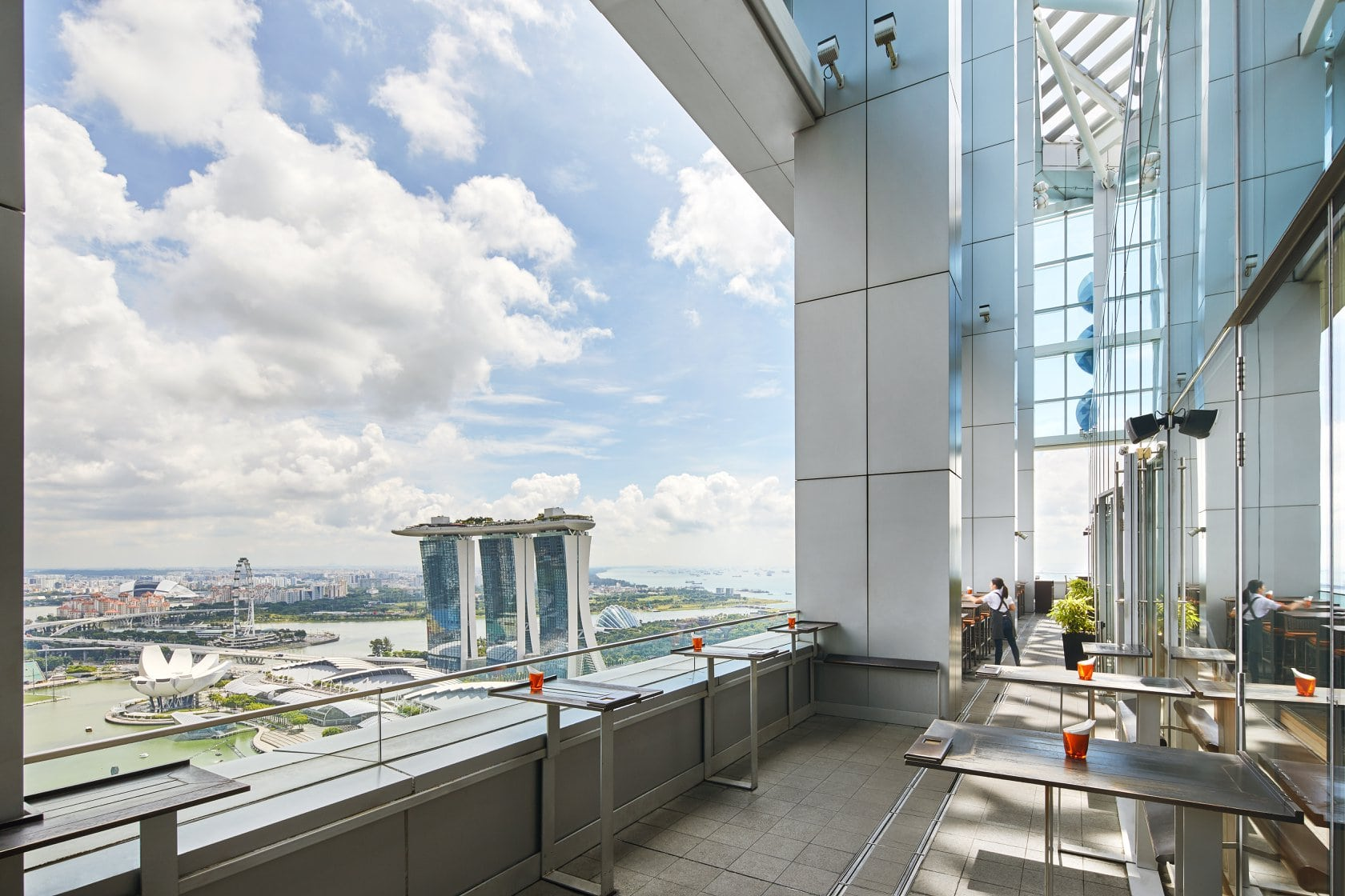LeVeL33 - Penthouse Dining