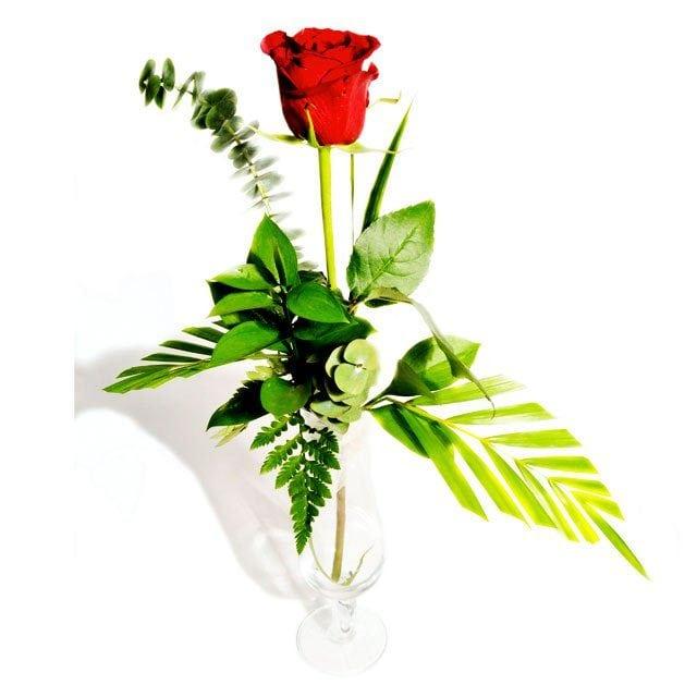 A single rose from Flower Advisor