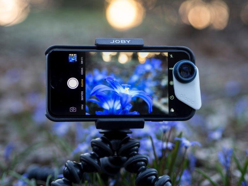 Detachable lens for phone cameras
