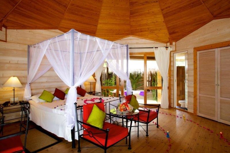 Kuredu Island Resort & Spa room