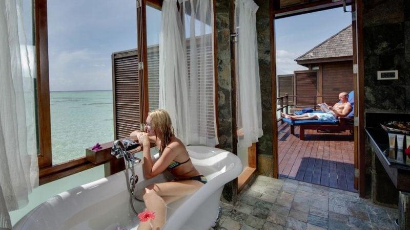Olhuveli Beach & Spa water villa with bathtub facing the ocean