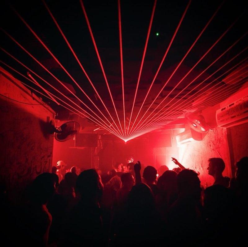 Crowd dancing at Headquarters club, Sg