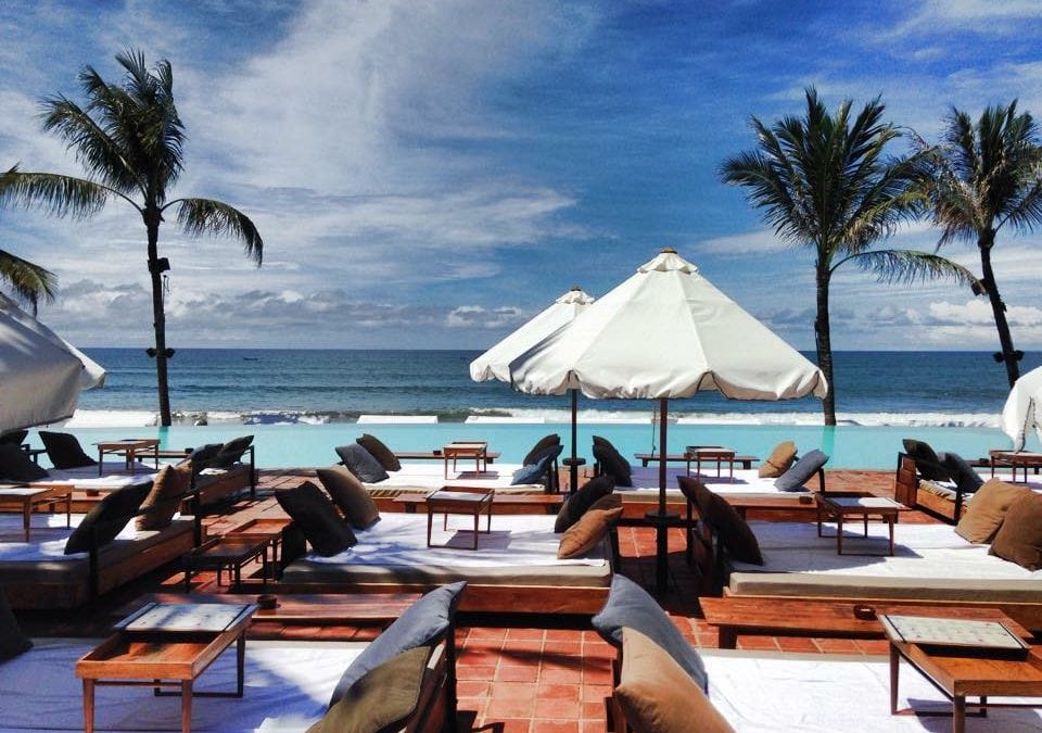 10 Beach Clubs in Bali With Amazing Pools And Party Vibes