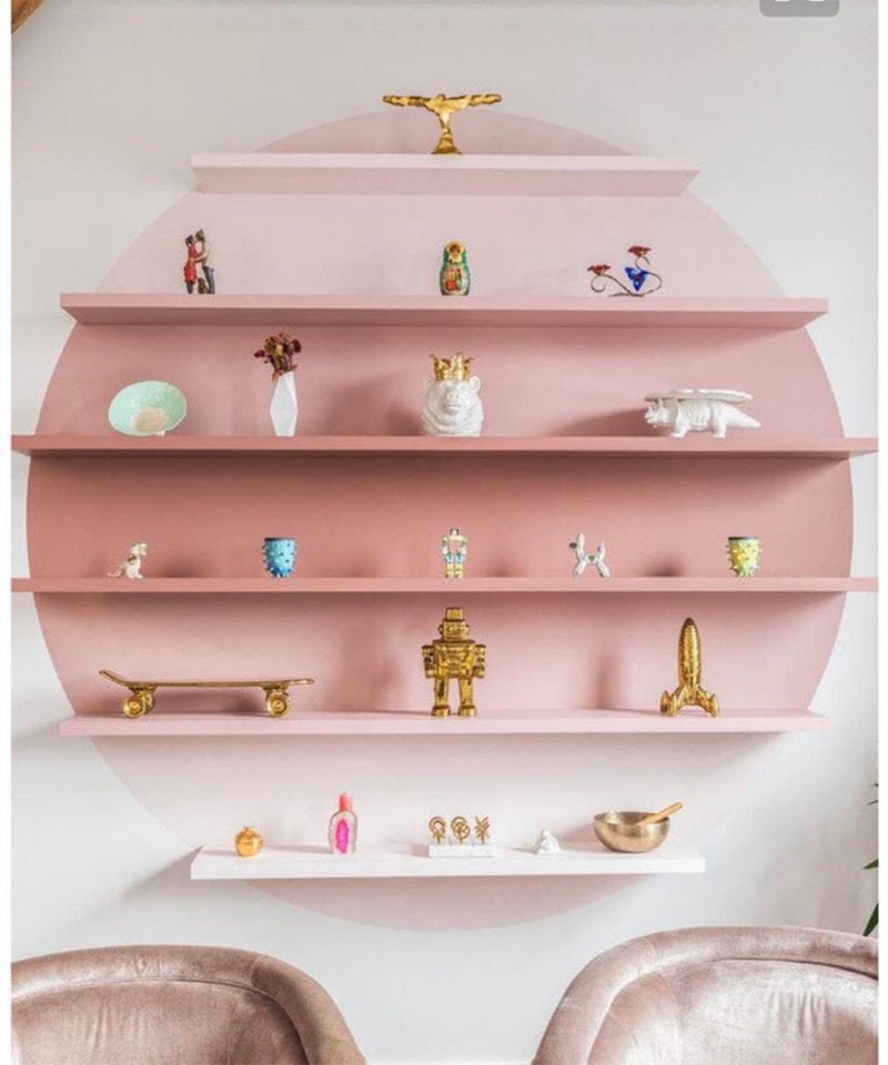 room shelf decor in pink