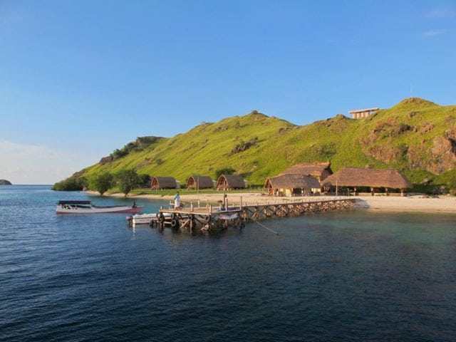 komodo-resort-sea-view